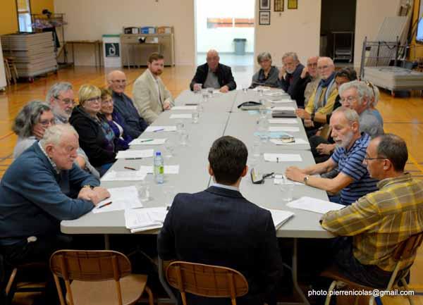 Le député Xavier Barsalou-Duval soutien le Comité des riverains du Richelieu : Xavier Barsalou-Duval parraine une pétition concernant  la régulation de la navigation sur le Richelieu