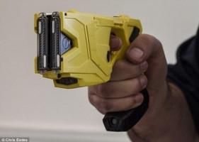 La Régie intermunicipale de police Richelieu Saint-Laurent se dote d'armes à impulsion électrique : Le Taser.