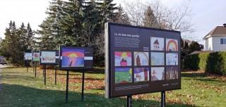 L'ART DANS LES PARCS  Saint-Basile-le-Grand souligne la Journée internationale des droits de l'enfant Dévoilement de l'exposition de dessins « La vie dans mon quartier »