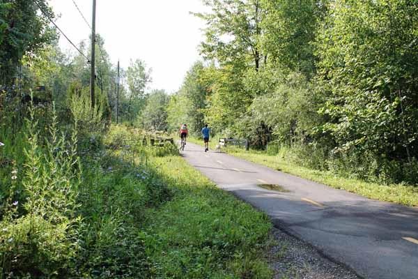 Le territoire de Carignan offre l'accès à trois magnifiques pistes cyclables à découvrir ou à redécouvrir!