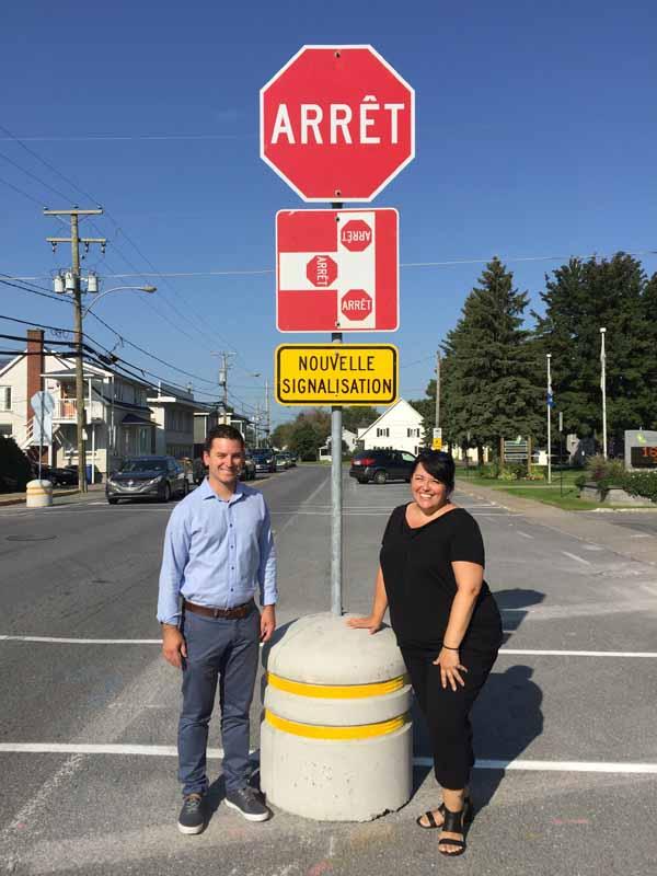Panneau d'arrêt sur la rue de la Rivière Sud à Saint-Jean-Baptiste La mairesse et le député convainquent le Ministère