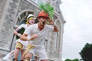 Le Théâtre du 450 part à la recherche de Peter Pan sur le parvis de l'église Saint-Matthieu